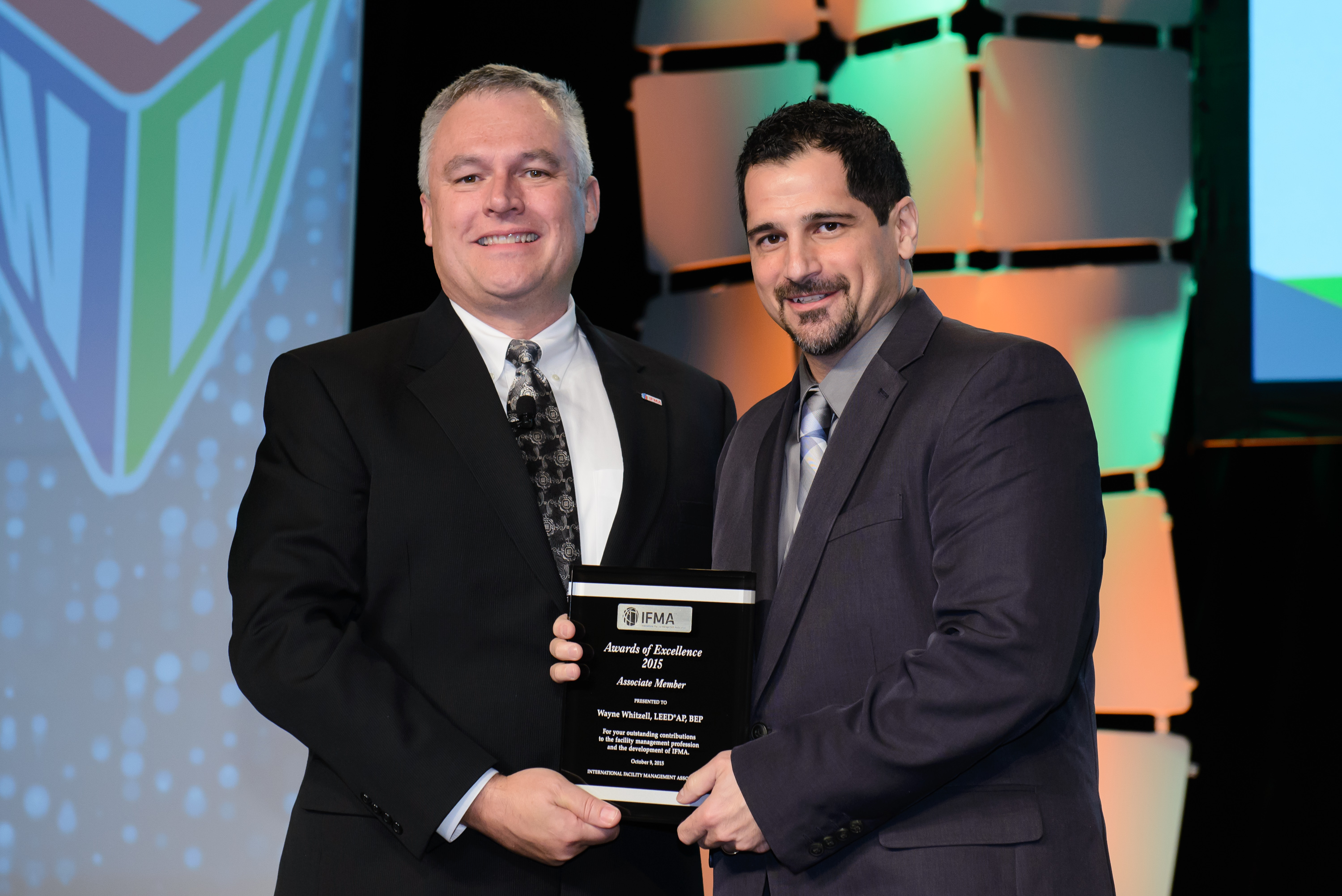 Wayne Whitzell, LEED AO, BEP receives Associate Member Award