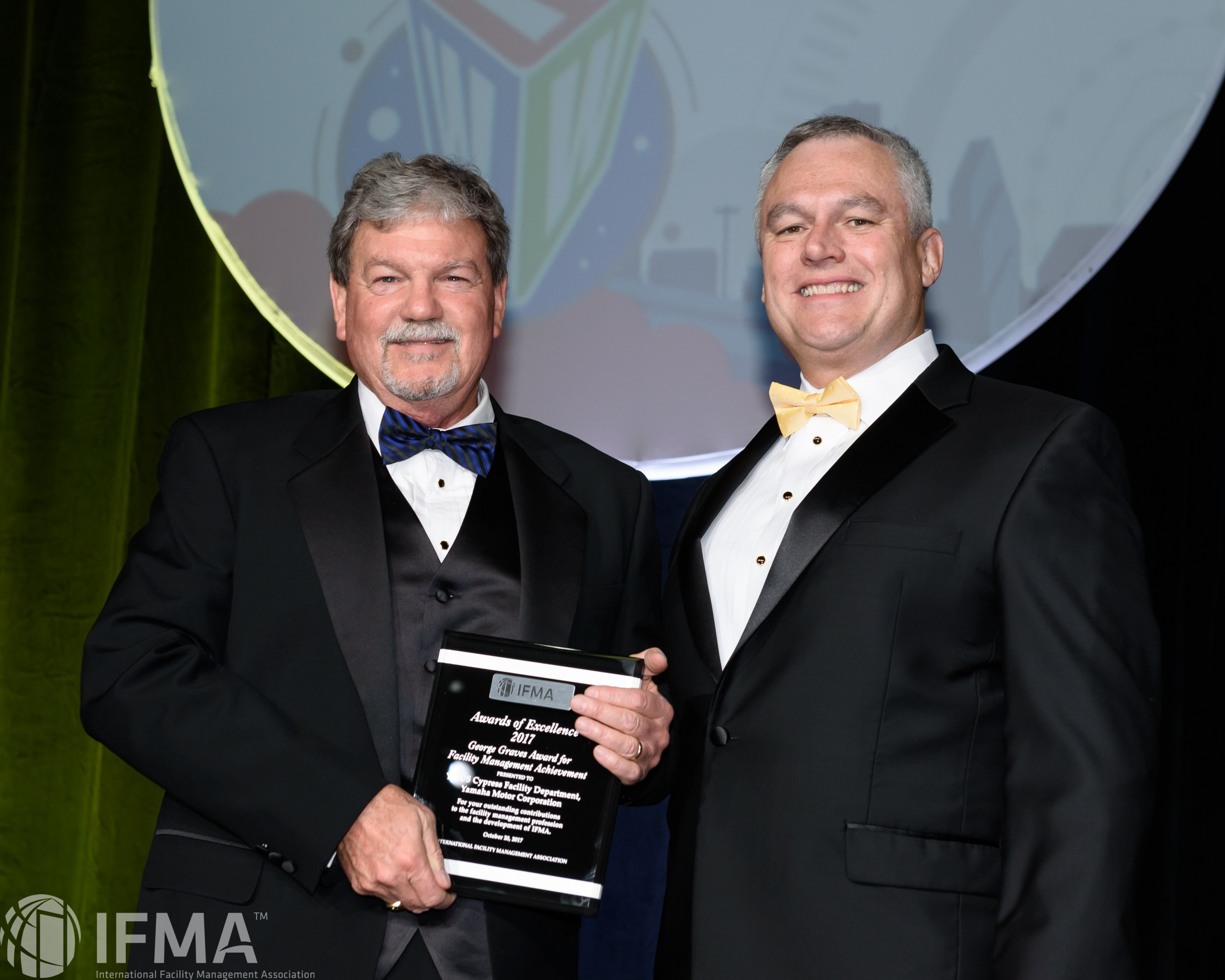 YMUS Cypress Facility Department, Yamaha Motor Corporation receives The George Graves Award for Facility Management Achievement