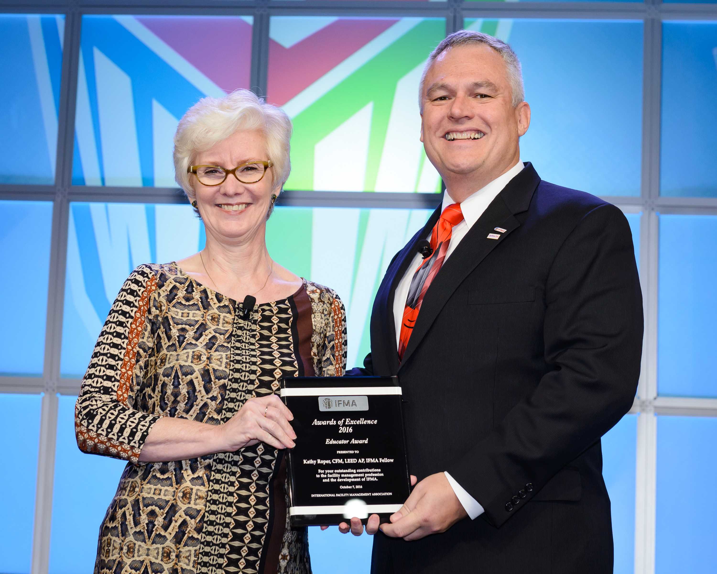 Kathy Roper, CFM, LEED AP, IFMA Fellow receives Educator Award