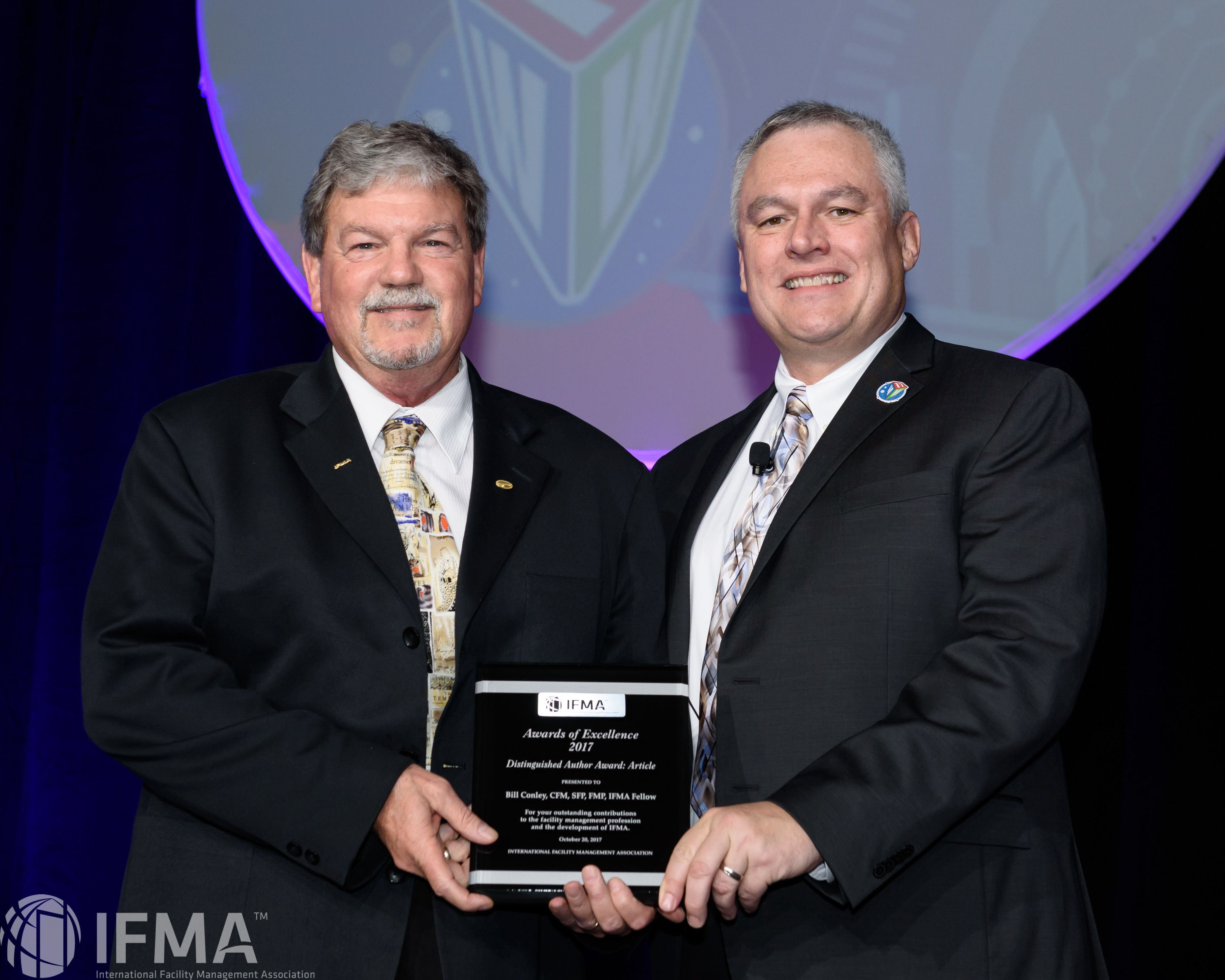 Bill Conley, CFM, SFP, FMP, IFMA Fellow receives Distinguished Author Article of the Year